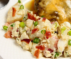 potato-salad-bacon-sour-cream-herbs2